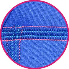 Detalle de la costura recta empleada en las Prendas Protectoras Veterinarias PPV